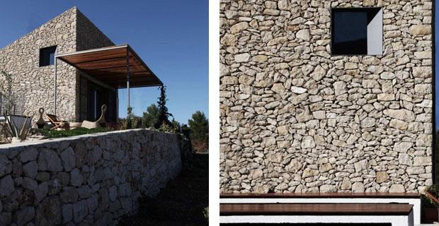 In spagna un rifugio per ammirare il mare in pietre a for Case di architettura spagnola